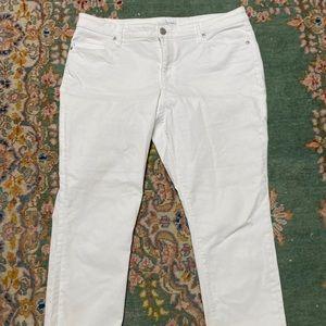 LOFT White Curvy Skinny Crop denim jeans